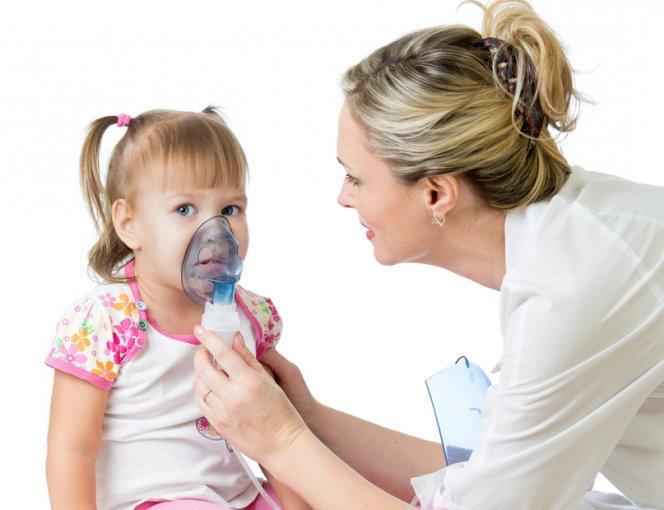 Неотложная доврачебная помощь ребенку в домашних условиях - ингаляция
