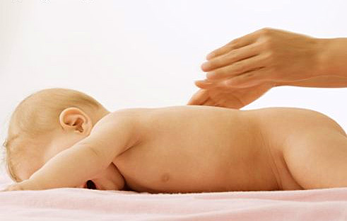 Развитие и умения ребенка в 5 месяцев